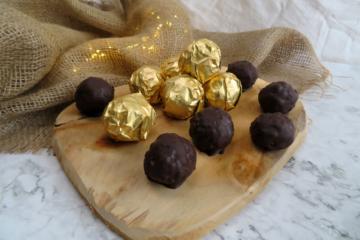 Homemade Ferrero Rocher Healthy balls