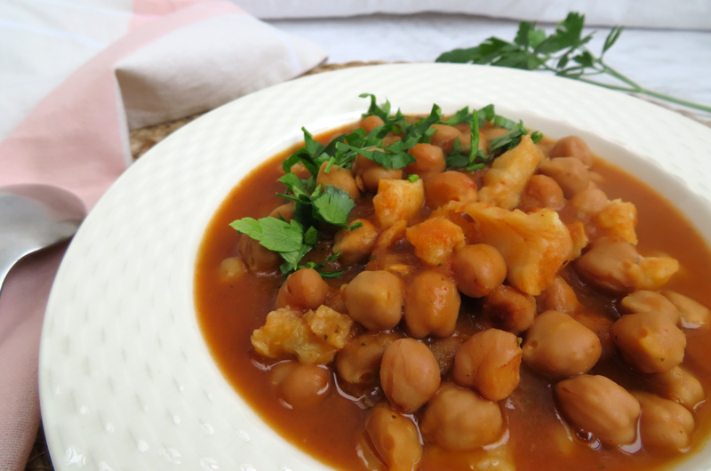 Chickpea stew with cod - slow cooker