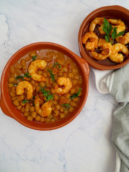 garbanzos-con-gambas_pescados y legumbres-recetas para olla lenta -rootsandcook