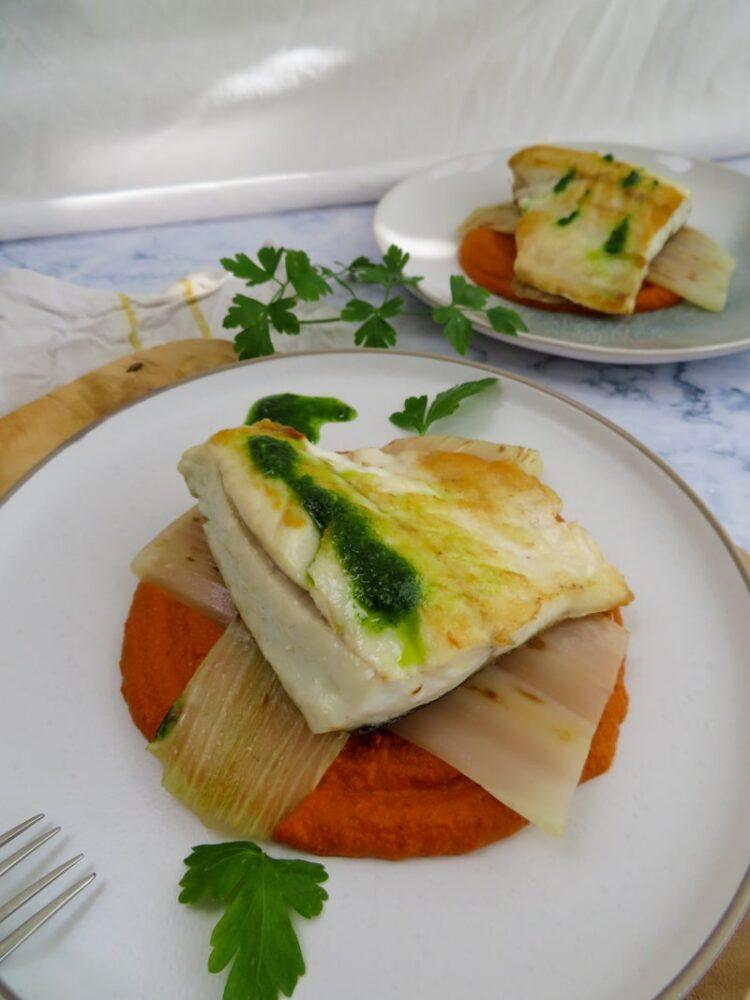 Lubina con salsa vizcaina y pencas_pan fried sea bass with vizcaina sauce 4