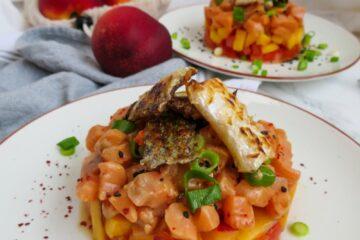 Tartar de verano con crujiente de salmón